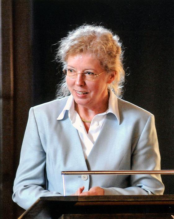 Frau Prof. Dr. Irmgard Fees